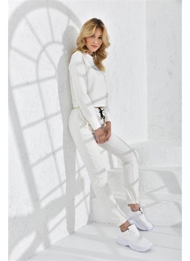 Rodi Jeans Rodi Kadın Female Baskılı Crop Eşofman Takım Rd21Yb667000 Ekru